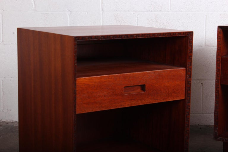 Pair of Nightstands by Frank Lloyd Wright for Henredon For Sale 3
