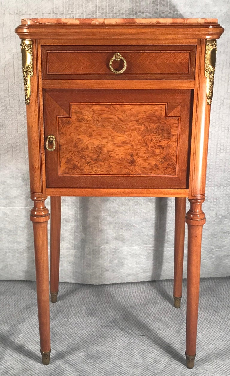 French Pair of Nightstands, Early Art Nouveau Style, France, 19th century For Sale