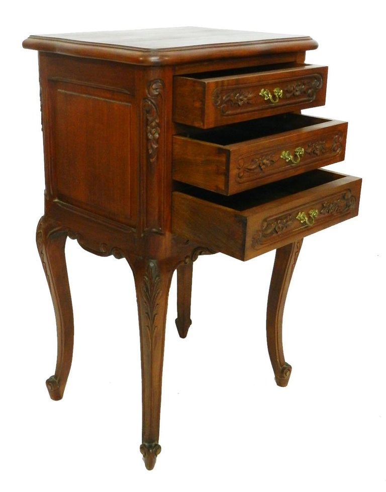Pair of Nightstands French Side Cabinets Bedside Tables, 20th Century In Good Condition For Sale In , South West France