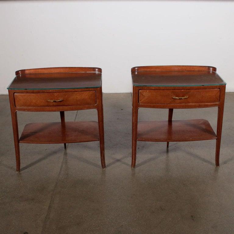 Mid-Century Modern Pair of Nightstands Mahogany Veneer Glass Vintage, Italy, 1950s For Sale