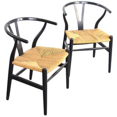 Pair of Wishbone chairs by Hans Wegner