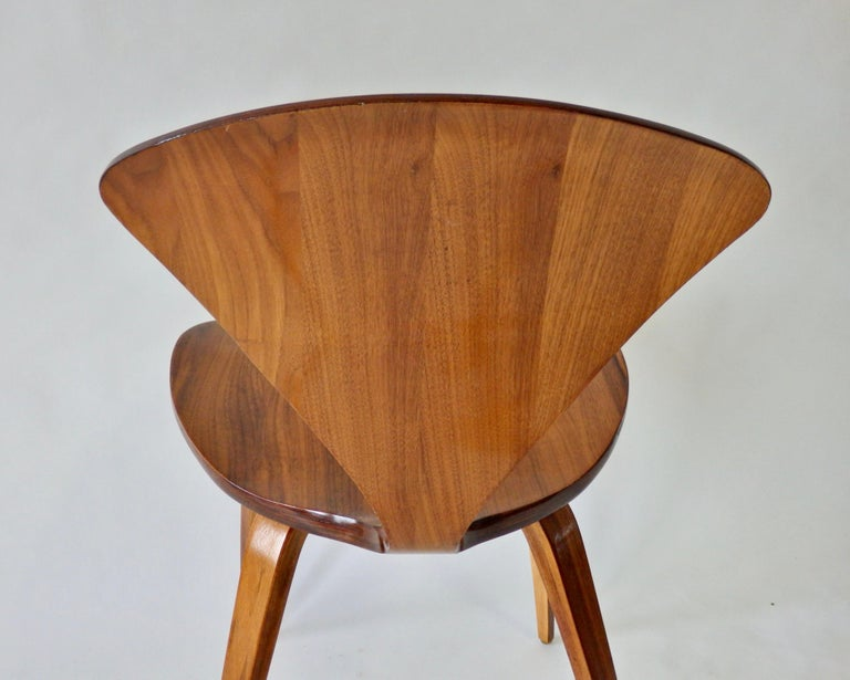 Pair of Norman Cherner for Plycraft Side Chairs For Sale 3