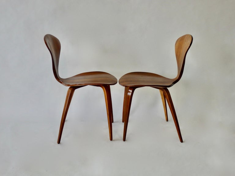 American Pair of Norman Cherner for Plycraft Side Chairs For Sale