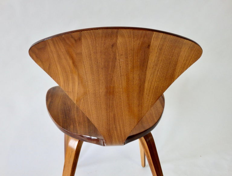 Pair of Norman Cherner for Plycraft Side Chairs For Sale 2