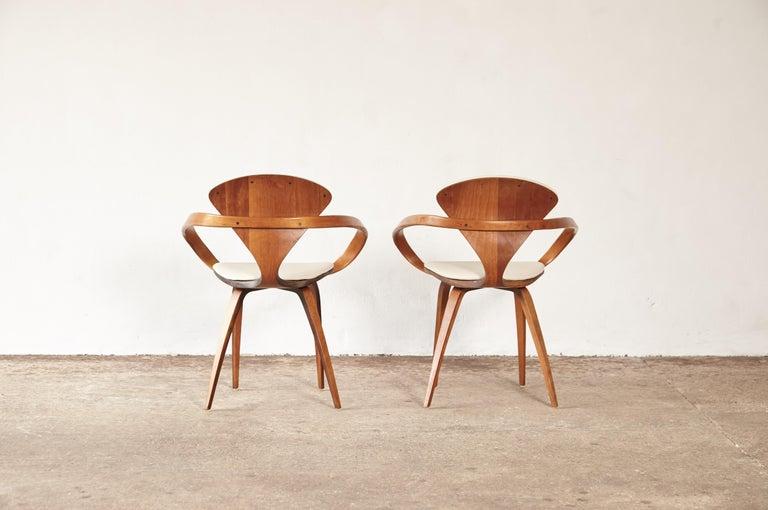20th Century Pair of Norman Cherner Pretzel Armchairs, Plycraft, USA, 1960s
