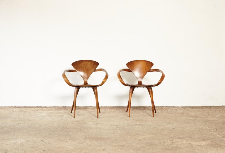 American Pair of Norman Cherner Pretzel Dining Chairs, Made by Plycraft, USA, 1960s For Sale