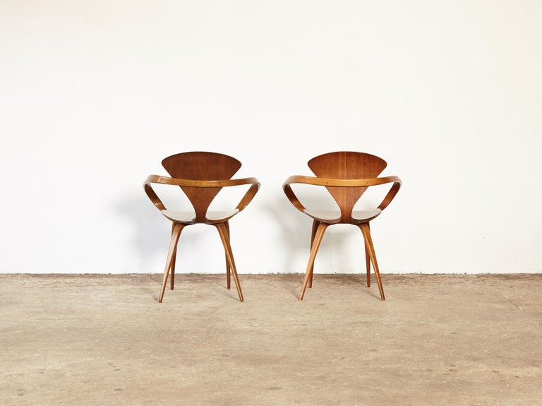 Wood Pair of Norman Cherner Pretzel Dining Chairs, Made by Plycraft, USA, 1960s For Sale