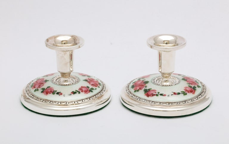Pair of Norwegian Art Deco Sterling Silver and Guilloche Enamel Candlesticks In Good Condition For Sale In New York, NY