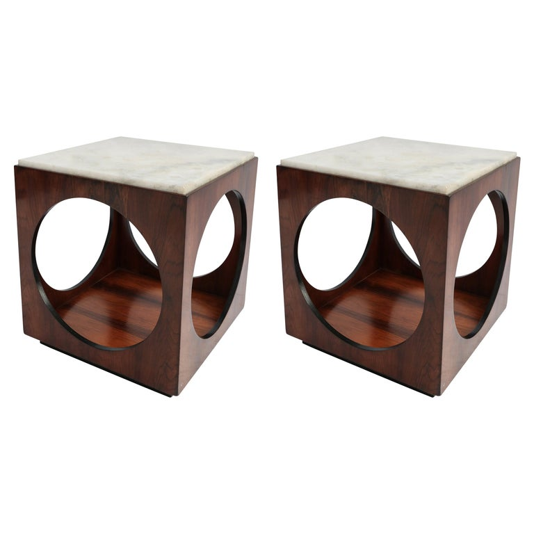 Pair of Novo Rumo Brazilian 1960s Jacaranda Wood Side Tables with Marble Tops For Sale