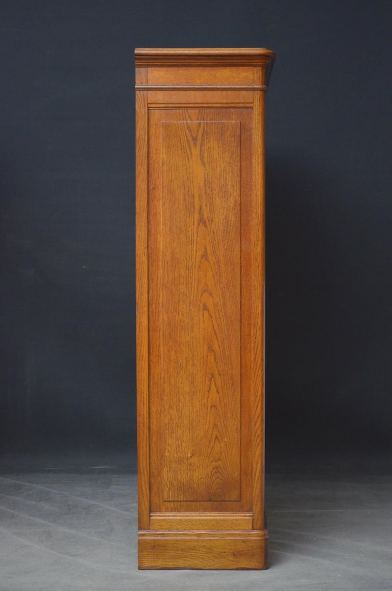 Pair of Oak Open Bookcases For Sale 4