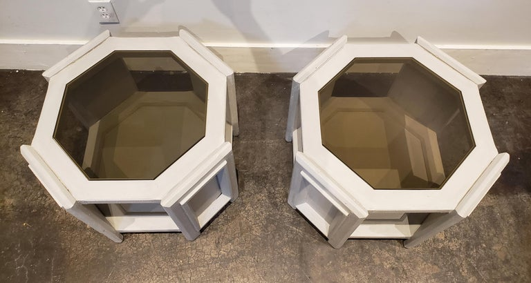 Post-Modern Pair of Octagonal Brutalist Memphis Side Tables with Faux Concrete Finish For Sale