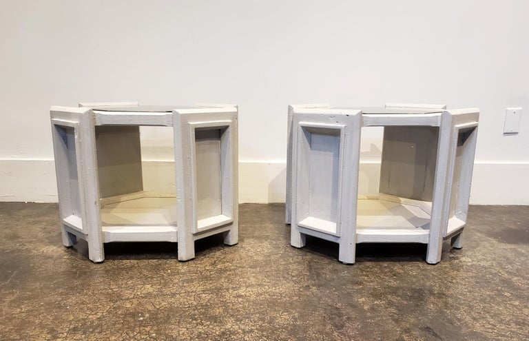 American Pair of Octagonal Brutalist Memphis Side Tables with Faux Concrete Finish For Sale