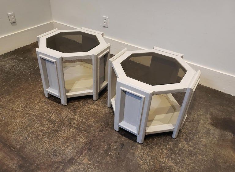 20th Century Pair of Octagonal Brutalist Memphis Side Tables with Faux Concrete Finish For Sale