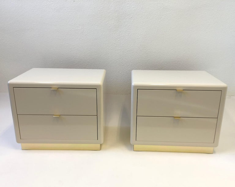 Pair of off White Lacquered and Brass Nightstands by Steve Chase For Sale 10