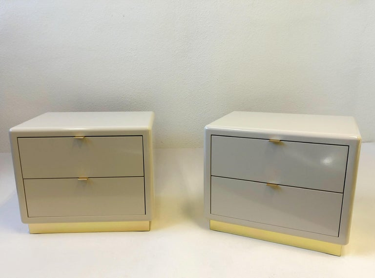 Pair of off White Lacquered and Brass Nightstands by Steve Chase For Sale 13