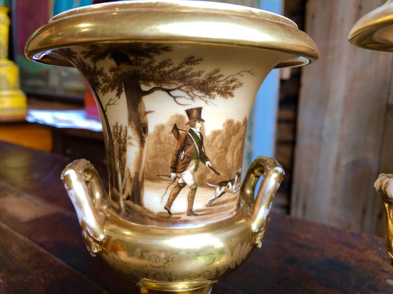 Pair of Old Paris Urns, Hunting Theme In Good Condition In Doylestown, PA