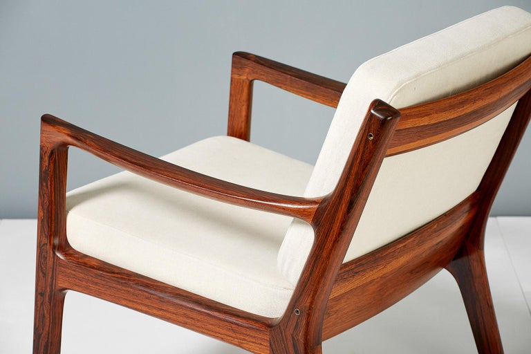 Pair of Ole Wanscher Rosewood Senator Lounge Chairs, 1960 In Excellent Condition For Sale In London, GB