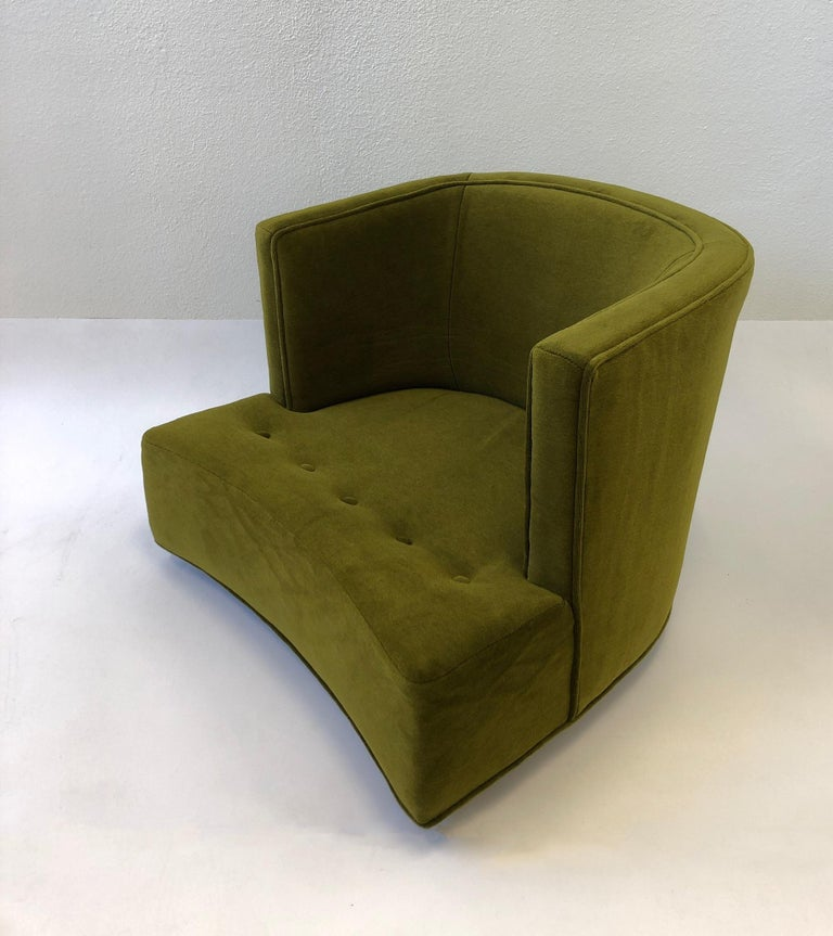 Pair of Olive Green Mohair Swivel Lounge Chairs by Harvey Probber For Sale 4