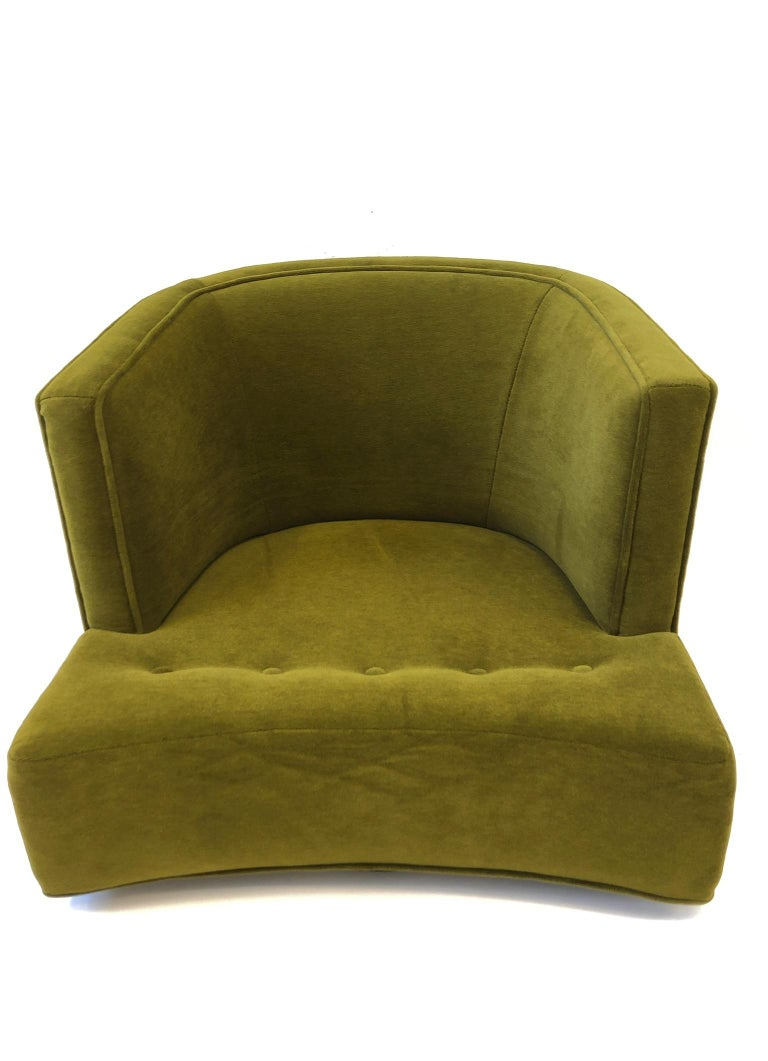 Pair of Olive Green Mohair Swivel Lounge Chairs by Harvey Probber For Sale 5