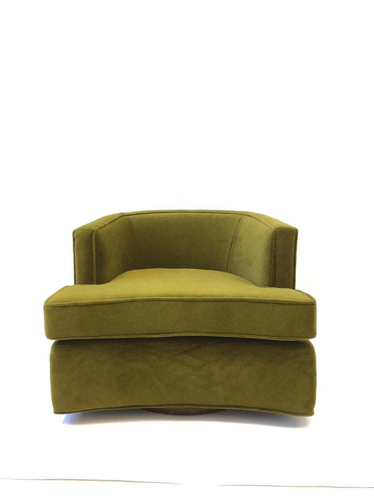 Pair of Olive Green Mohair Swivel Lounge Chairs by Harvey Probber For Sale 7