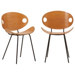 Pair of Olof Kettunen Chairs in Ash-Tree for Merivaara, Finland, 1950s