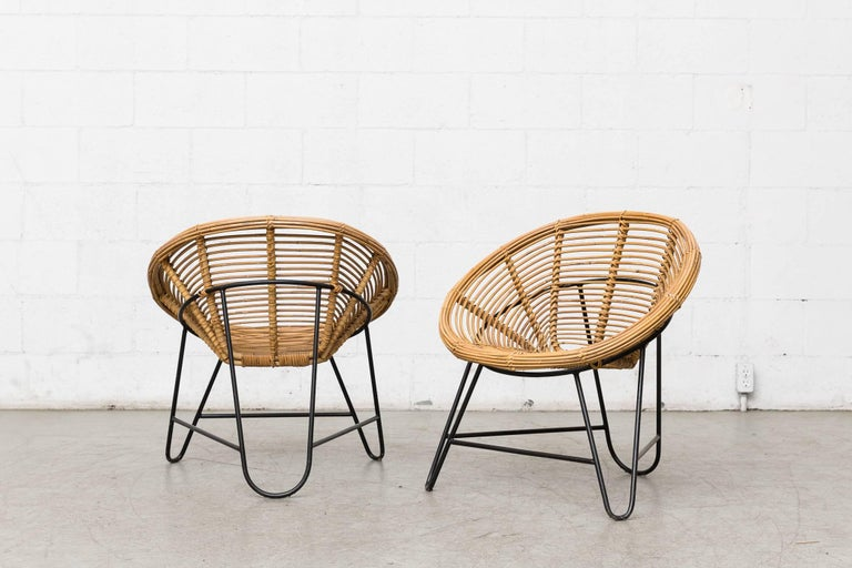 Enameled Pair of Onion Skin Patterned Bamboo Hoop Chairs For Sale