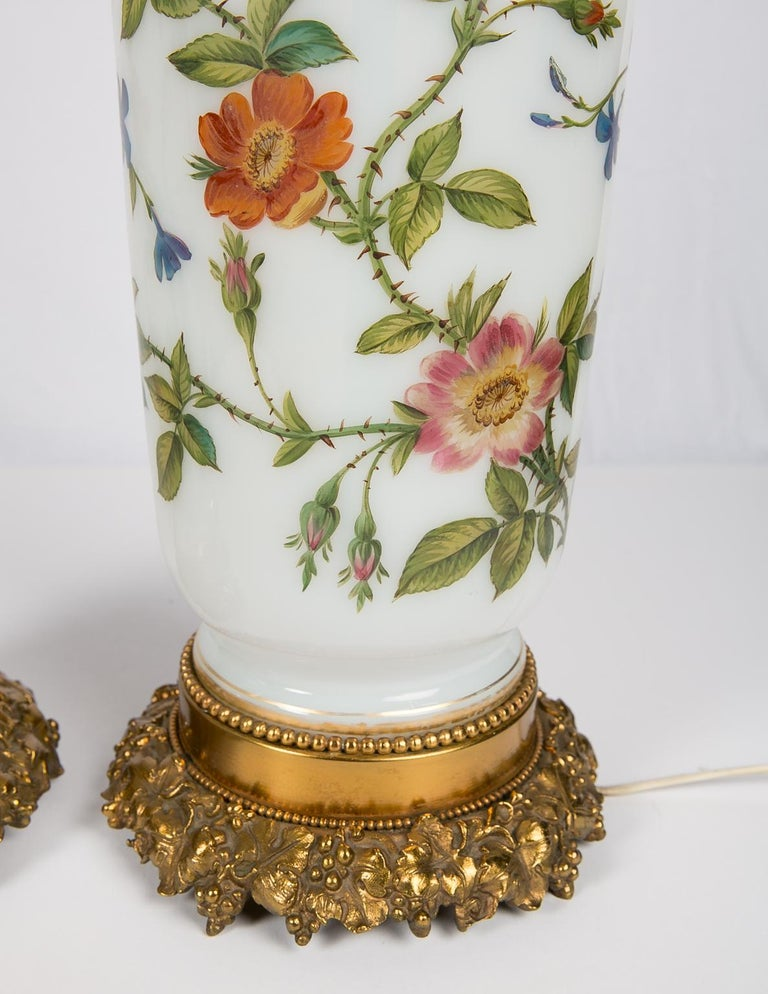 Pair Hand-Painted Opaline Vase Lamps Made in France ca. 1840 Newly Electrified For Sale 7