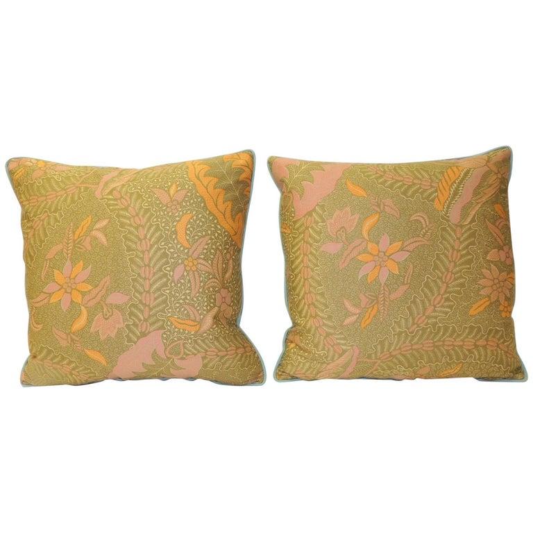 Pair of Orange and Yellow Paisley Asian Batik Printed Decorative Pillows For Sale