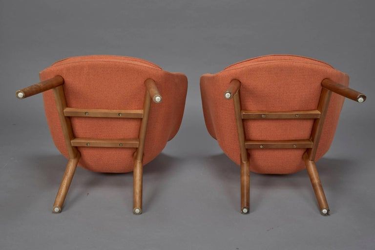 Upholstery Pair of Orange Fabric Mid-Century Modern Armchairs in Style of Eero Saarinen For Sale