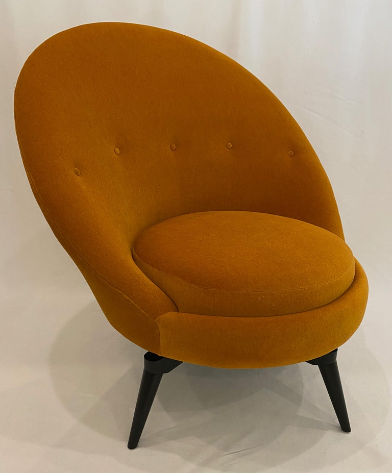 Mid-Century Modern Pair of Orange Mohair Swivel Chairs For Sale