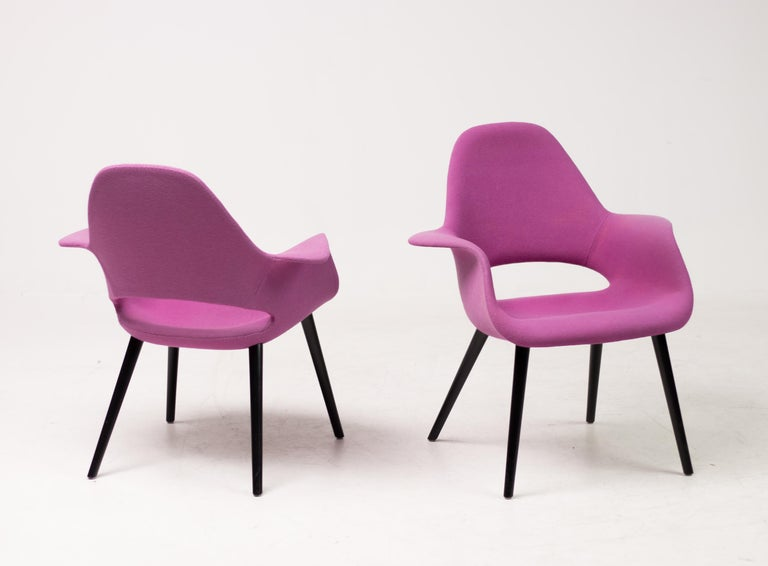 Mid-20th Century Pair of Organic Chairs by Charles Eames & Eero Saarinen For Sale
