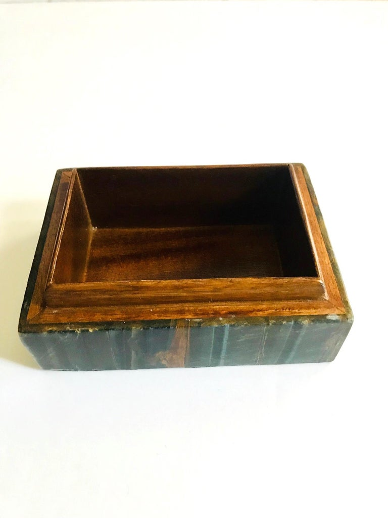 Pair of Organic Modern Boxes in Tessellated Tiger Eye Stone by R&Y Augousti For Sale 4