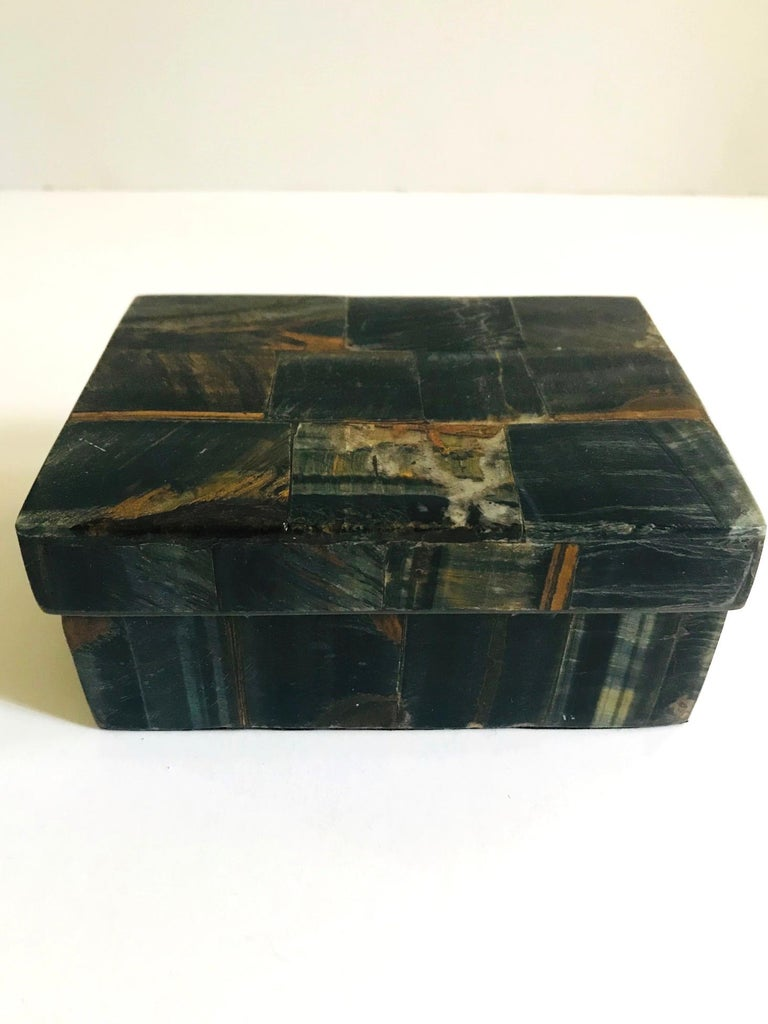 Pair of Organic Modern Boxes in Tessellated Tiger Eye Stone by R&Y Augousti In Excellent Condition For Sale In Miami, FL