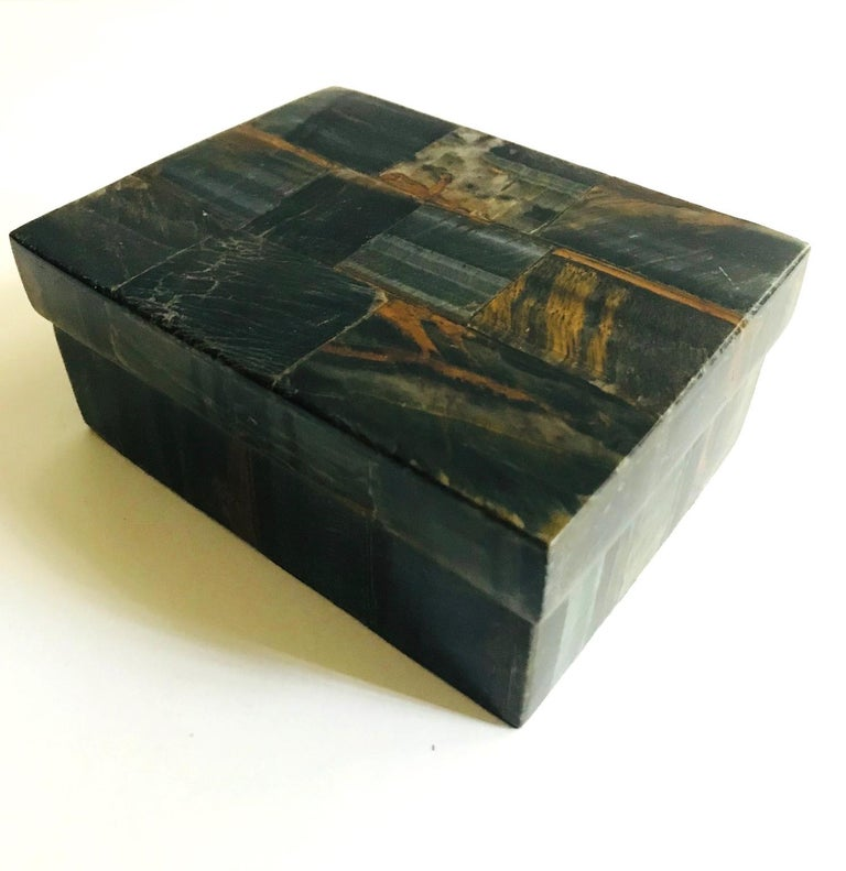 Pair of Organic Modern Boxes in Tessellated Tiger Eye Stone by R&Y Augousti For Sale 2
