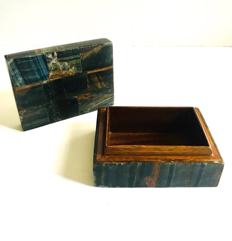 Pair of Organic Modern Boxes in Tessellated Tiger Eye Stone by R&Y Augousti For Sale 3