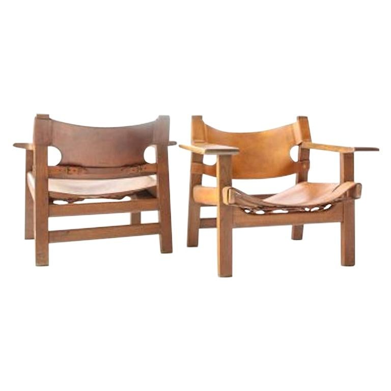 Pair of Original Borge Mogensen Spanish Chairs Model 226 Leather and Oak For Sale
