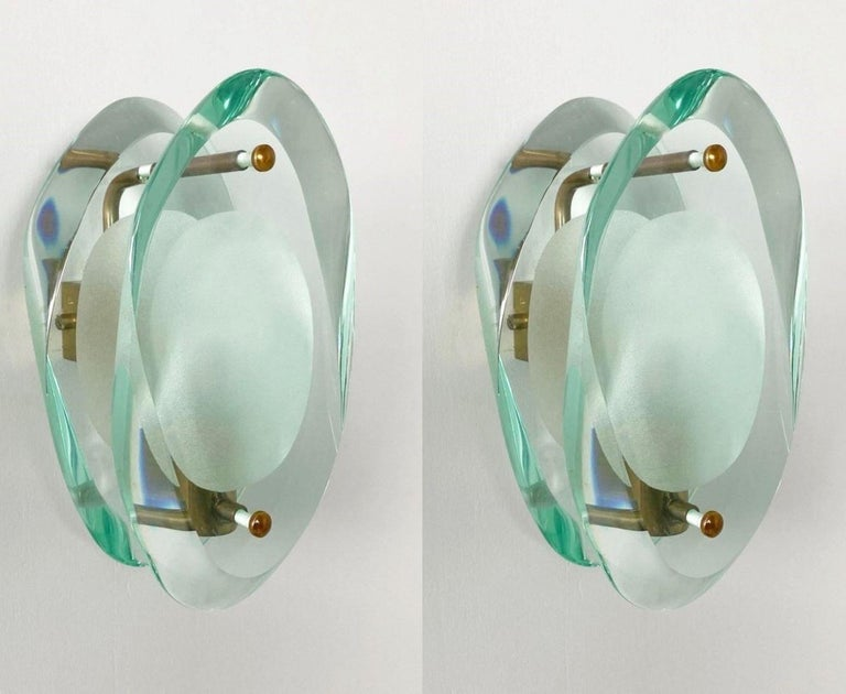 Mid-Century Modern Pair of Wall Sconces by Max Ingrand for Fontana Arte Model 2093, Italy, 1961 For Sale