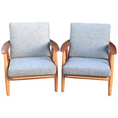 Pair of Original Teak and Oak Cigar Chairs in Grey by Hans J. Wegner for GETAMA