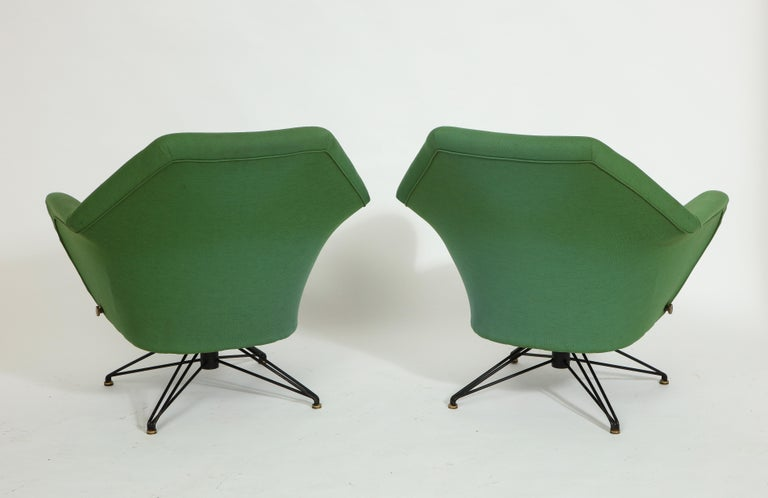20th Century Pair of Osvaldo Borsani Green P32 Chairs for Tecno, Italy, 1950s For Sale