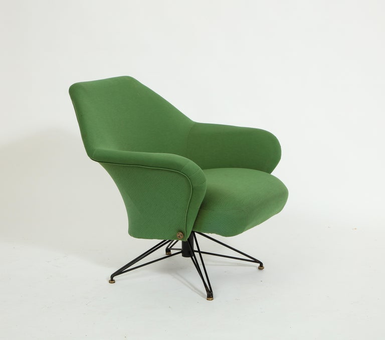 Pair of Osvaldo Borsani Green P32 Chairs for Tecno, Italy, 1950s For Sale 3