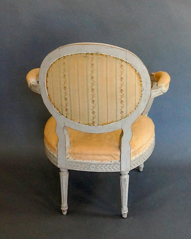 Pair of Oval Backed Swedish Armchairs For Sale 3