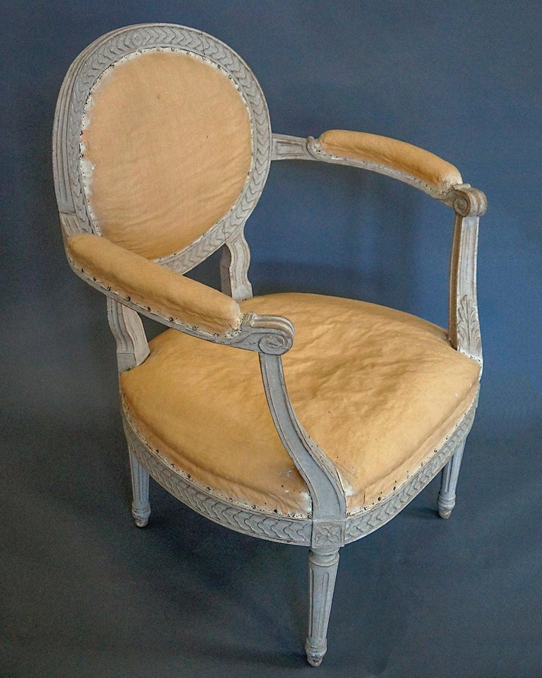 Pair of Oval Backed Swedish Armchairs In Good Condition For Sale In Sheffield, MA