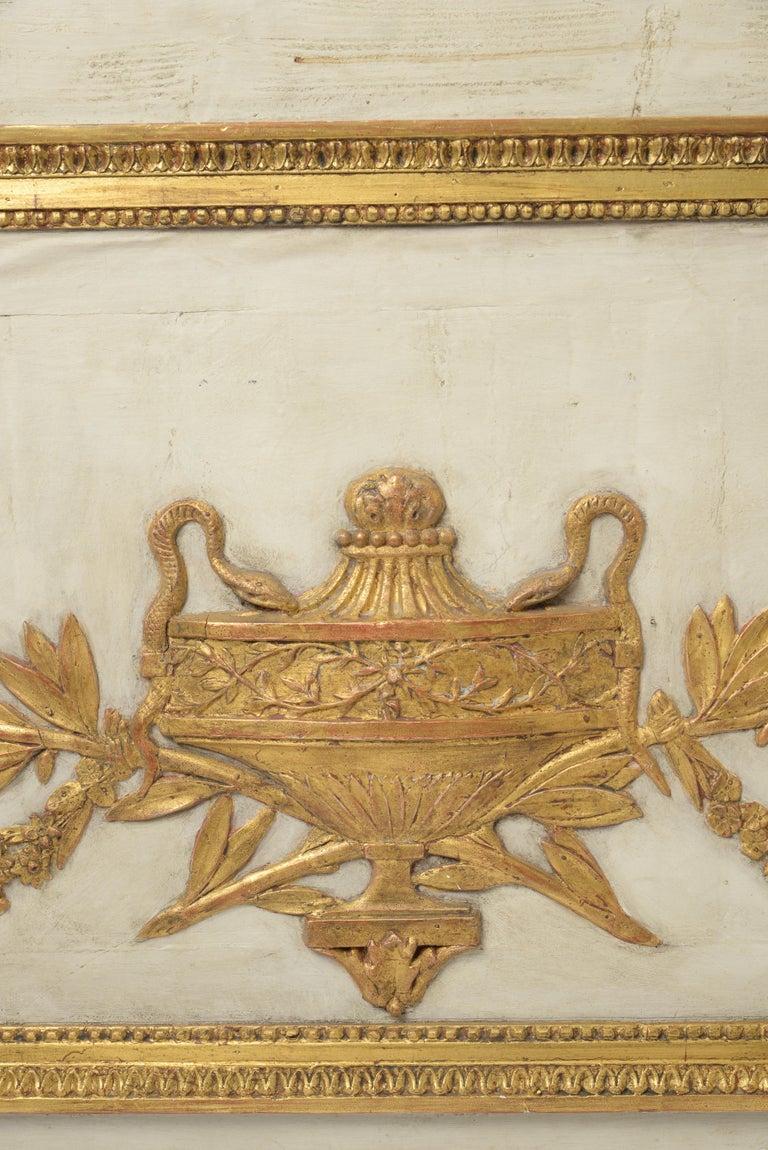 18th Century Pair of Overdoors circa 1780, Supraporte For Sale