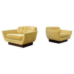 Pair of Oversized Adrian Pearsall Attributed Lounge Chairs