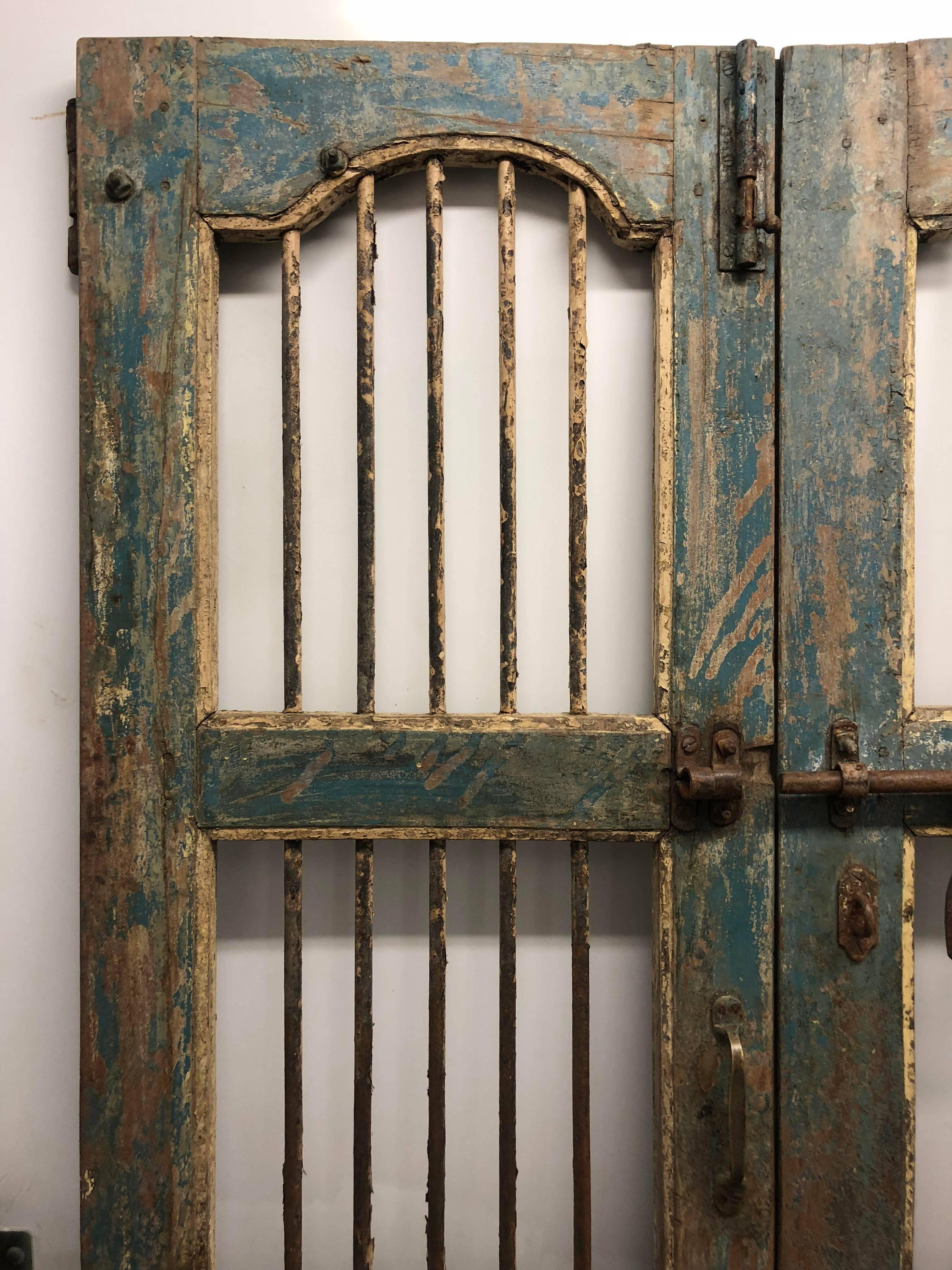 Pair of Painted Indian Gated Doors In Good Condition For Sale In South&ton NY & Pair of Painted Indian Gated Doors For Sale at 1stdibs