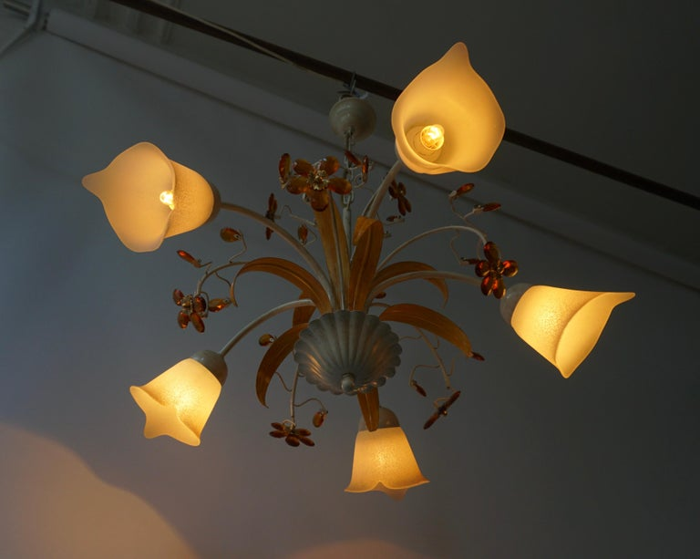Pair of Painted Tole Bell-Shaped Five-Light Chandelier with Murano Glass Flowers For Sale 6