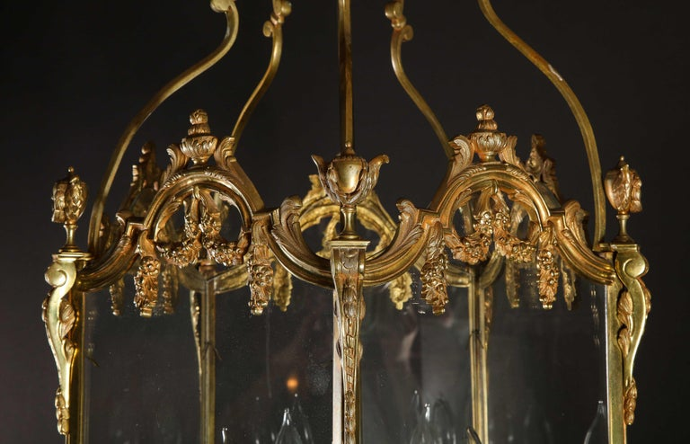 Pair of Palatial French Louis XVI Style Gilt Bronze and Glass Lanterns For Sale 1