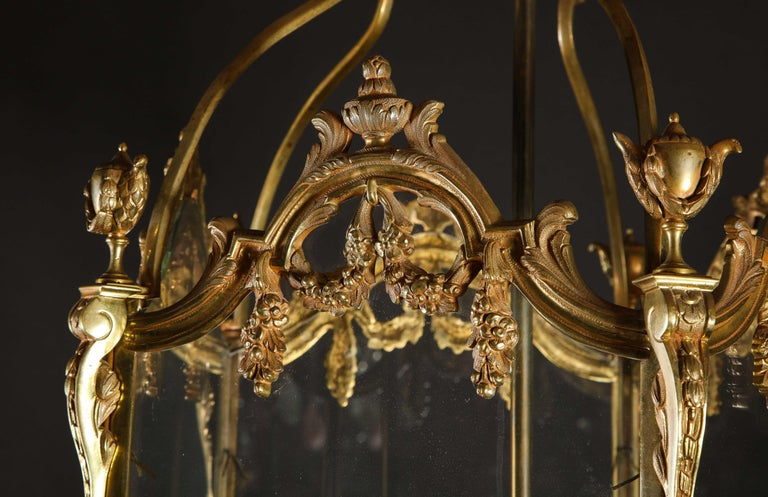 Pair of Palatial French Louis XVI Style Gilt Bronze and Glass Lanterns For Sale 4