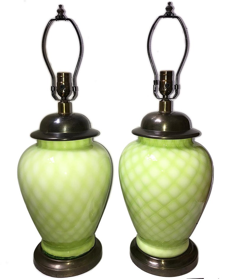 Pair of 1940s Italian quilted pattern Murano glass table lamps with patinated bronze bases.
