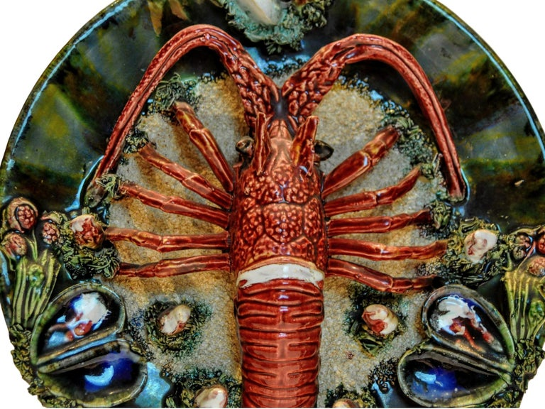 Early 20th Century Pair of Palissy Style Lobster Tromp L'oeil Wall Plaques, Caldas Da Rainha 1920 For Sale